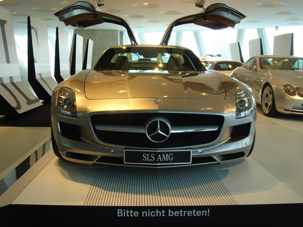 2011 mercedes benz sls amg coupe executive demo vehicle for Mercedes benz sls amg cost